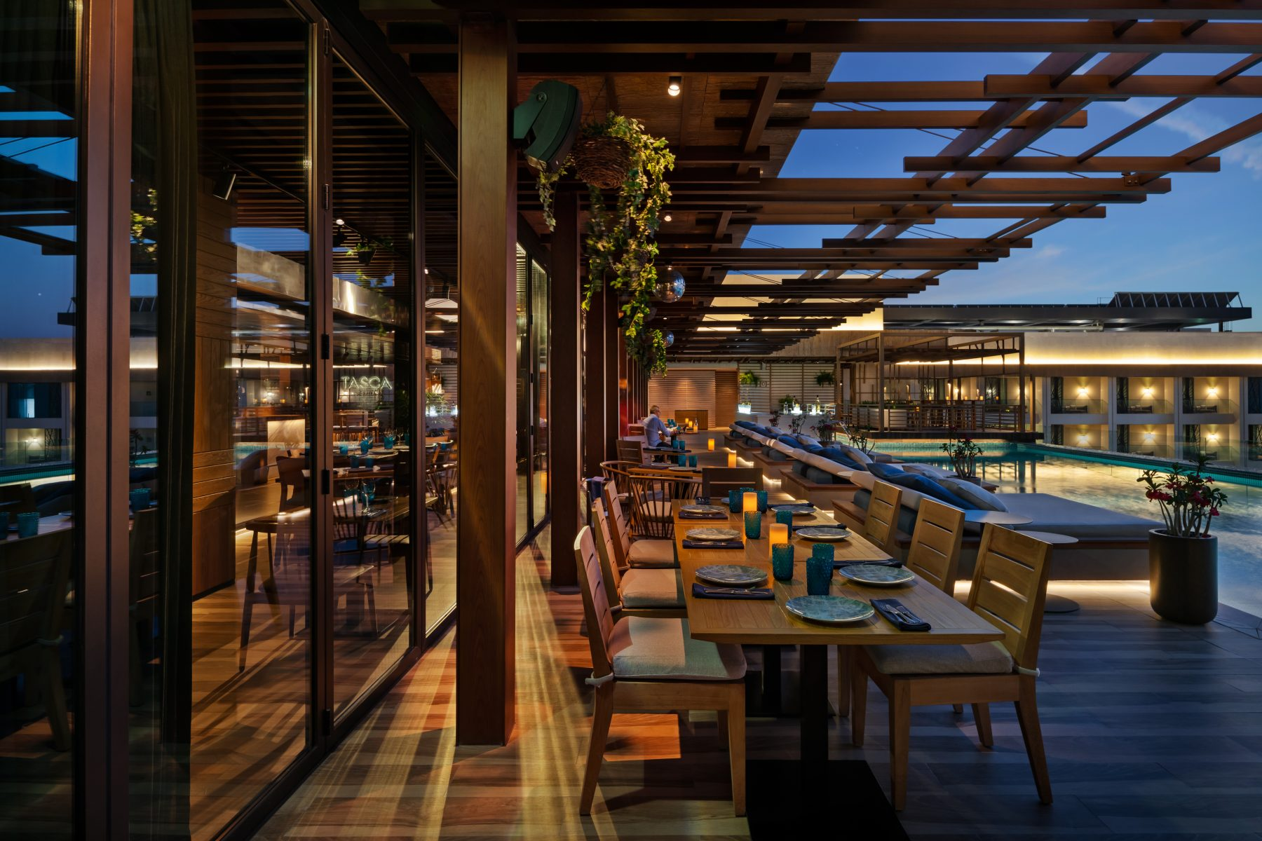 Tasca and The Bay at the Mandarin Oriental Jumeira, Dubai